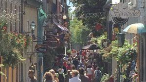 ケベック州の州都ケベックシティを観光